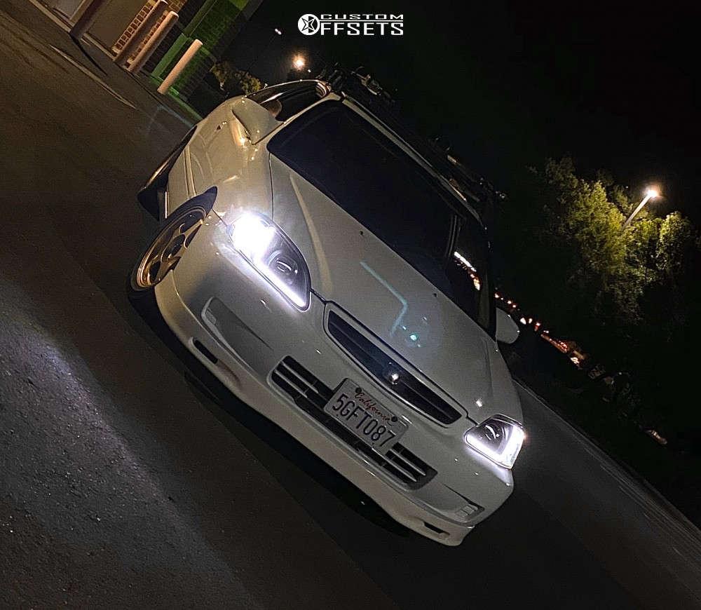 2000 Honda Civic Tucked on 15x6.5 35 offset AVID1 Av8 & 205/50 Hankook Ventus V2 Concept 2 on Coilovers - Custom Offsets Gallery