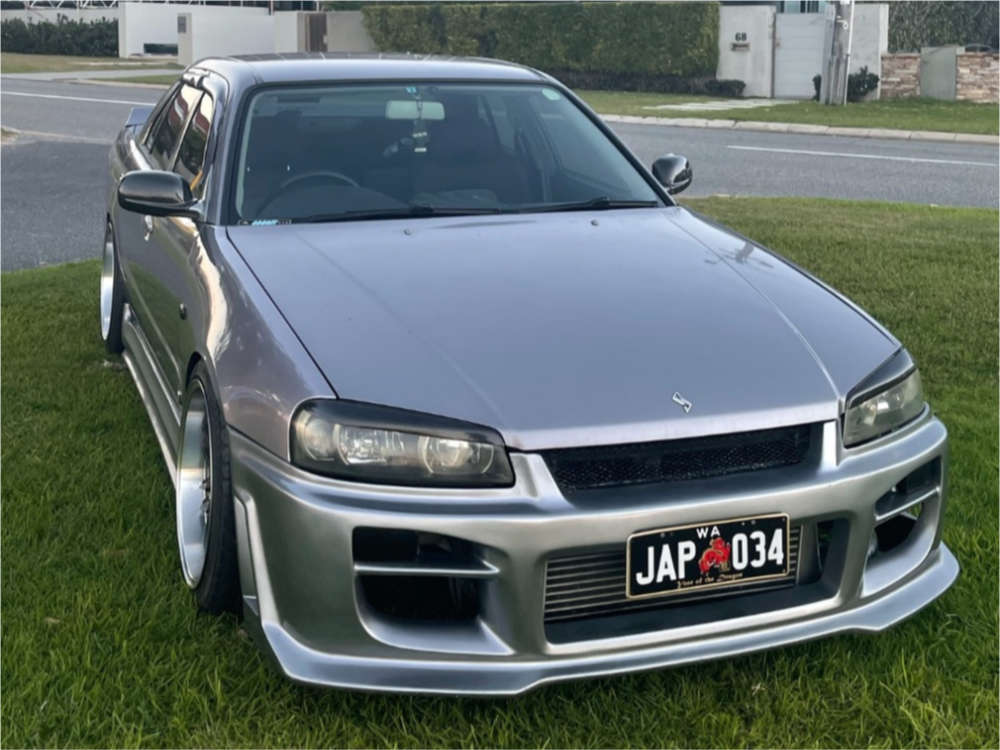 1998 Nissan Skyline R34 Poke on 18x9.5 5 offset D-Speed DS01 & 235/35 Lanvigator Catchpower on Coilovers - Custom Offsets Gallery