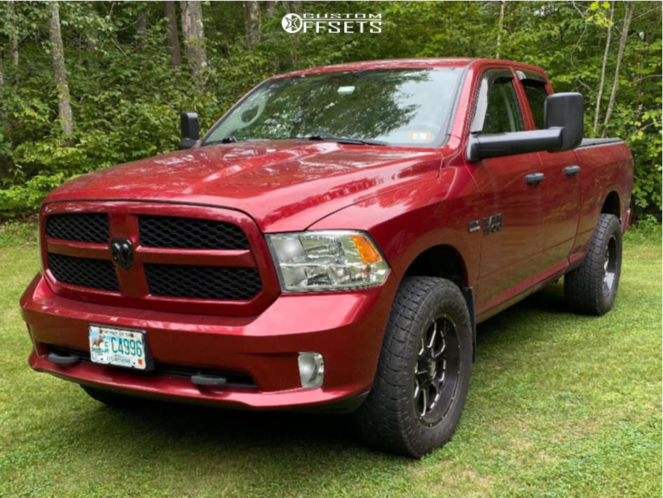 """2013 Ram 1500 Slightly Aggressive on 20x9 0 offset XD Xd825 & 35""""x11.5"""" Toyo Tires Open Country A/t Ii on Leveling Kit - Custom Offsets Gallery"""
