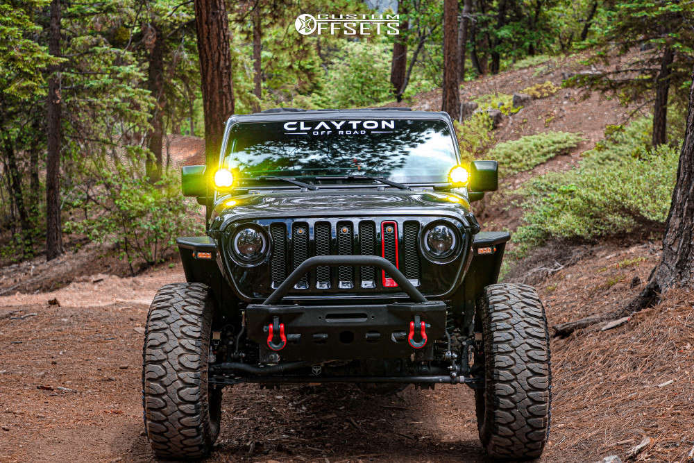 """2020 Jeep Gladiator Aggressive > 1"""" outside fender on 17x12 0 offset Pro Comp Series 31 & 37""""x12.5"""" Milestar Patagonia M/t on Suspension Lift 2.5"""" - Custom Offsets Gallery"""