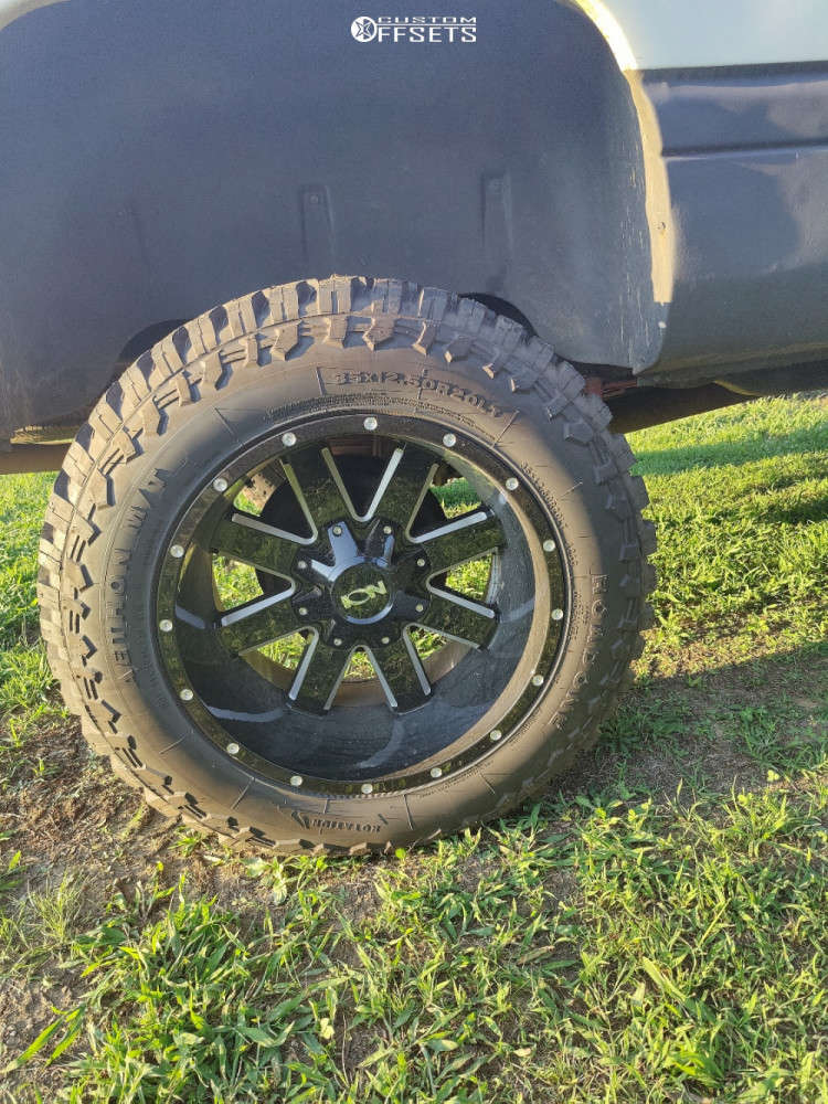 """2001 Dodge Ram 1500 Aggressive > 1"""" outside fender on 20x12 -41 offset Ion Alloy 141 & 35""""x12.5"""" Road One Aethon M/t on Suspension Lift 6"""" - Custom Offsets Gallery"""