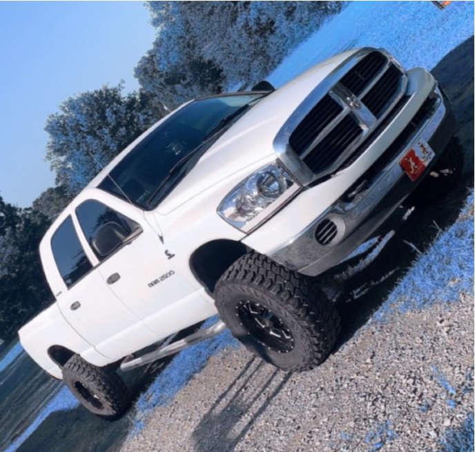 "2006 Dodge Ram 2500 Hella Stance >5"" on 17x9 -24 offset Moto Metal Mo962 & 35""x12.5"" Gladiator Xcomp Mt on Leveling Kit - Custom Offsets Gallery"