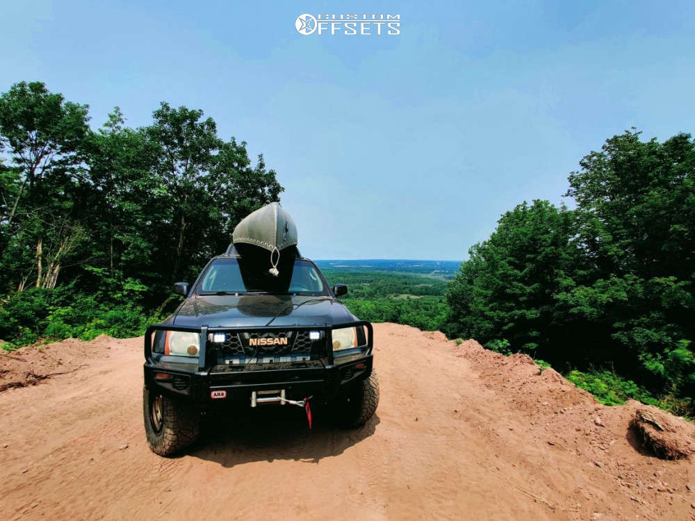 """2006 Nissan Xterra Aggressive > 1"""" outside fender on 17x11 -24 offset Fifteen52 Offroad Traverse Hd & 285/70 Nitto Ridge Grappler on Suspension Lift 3"""" - Custom Offsets Gallery"""