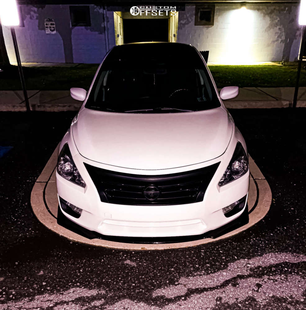 2015 Nissan Altima Nearly Flush on 18x8.5 35 offset XXR 571 & 225/35 Toyo Tires Proxes on Coilovers - Custom Offsets Gallery
