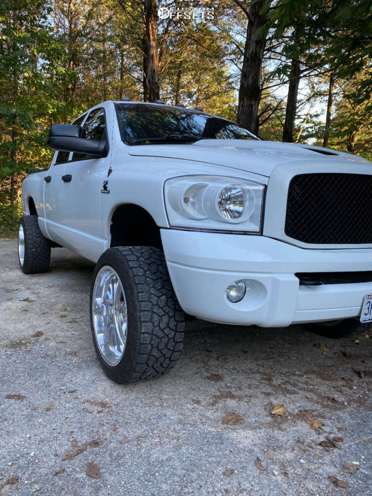 """2009 Dodge Ram 2500 Aggressive > 1"""" outside fender on 22x12 -44 offset American Force Blade Ss & 33""""x12.5"""" Toyo Tires Open Country A/t Ill on Leveling Kit - Custom Offsets Gallery"""