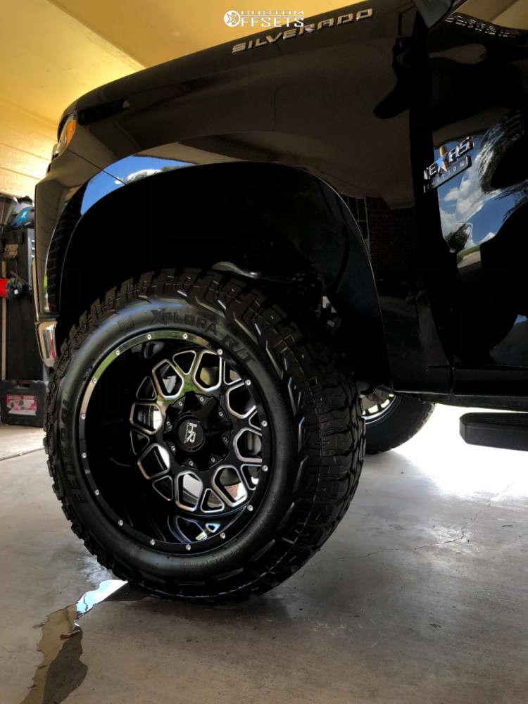 "2020 Chevrolet Silverado 1500 Aggressive > 1"" outside fender on 20x12 -44 offset Hardrock Gunner H705 & 35""x12.5"" Federal Xplora Rt on Suspension Lift 6"" - Custom Offsets Gallery"