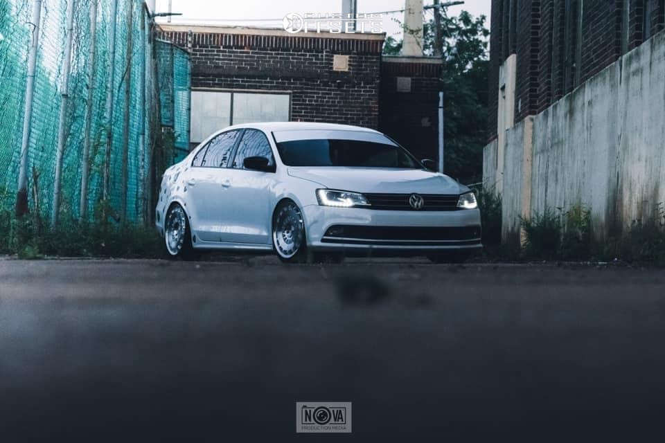 2015 Volkswagen Jetta Nearly Flush on 18x8 35 offset Rotiform Ccv & 225/40 General G-max As-05 on Coilovers - Custom Offsets Gallery