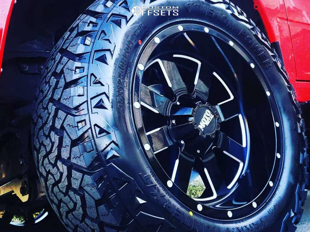 "2016 Ram 1500 Aggressive > 1"" outside fender on 20x10 -24 offset Moto Metal Mo962 & 35""x12.5"" Venom Power Terra Hunter X/t on Suspension Lift 6"" - Custom Offsets Gallery"