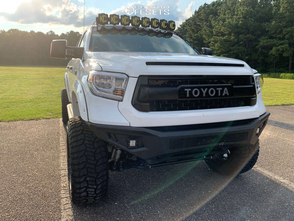 """2015 Toyota Tundra Super Aggressive 3""""-5"""" on 22x12 44 offset Pure Grit Drive & 37""""x13.5"""" Radar Renegade R/t on Suspension Lift 6"""" - Custom Offsets Gallery"""