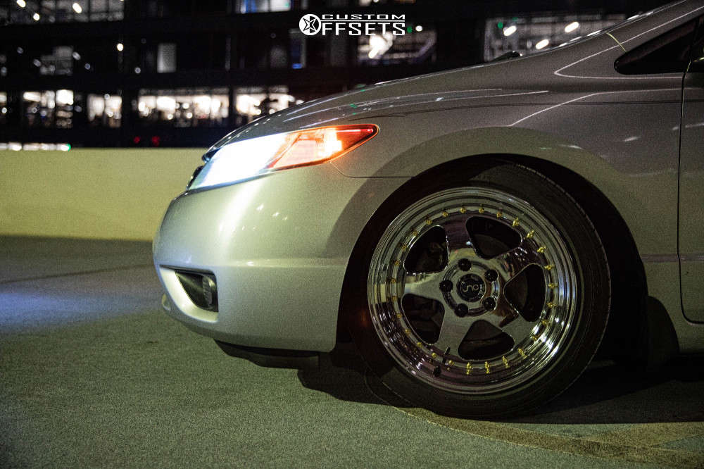 2008 Honda Civic Nearly Flush on 17x9 25 offset JNC Jnc010 & 215/45 Toyo Tires Extensa Hp Ii on Coilovers - Custom Offsets Gallery