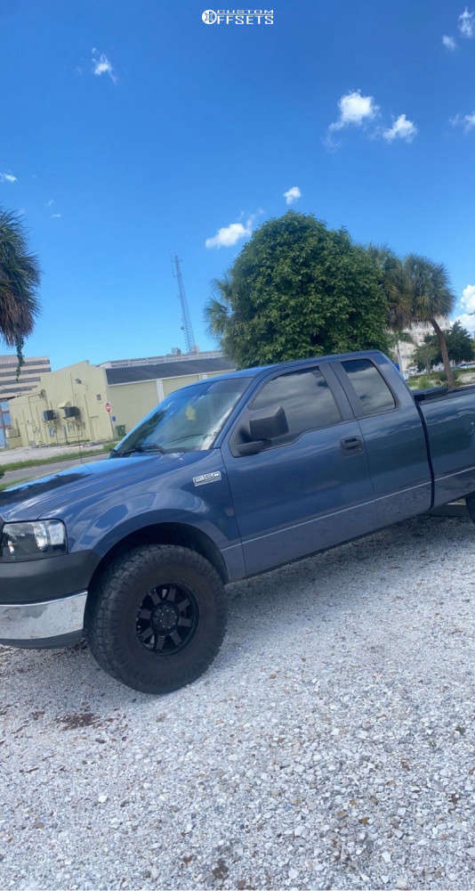 """2005 Ford F-150 Aggressive > 1"""" outside fender on 17x12 0 offset Gear Alloy & 35""""x12.5"""" Nitto Ridge Grappler on Leveling Kit - Custom Offsets Gallery"""