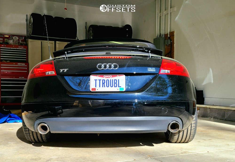 2008 Audi TT Quattro Flush on 19x9.5 42 offset Rohana Rf2 & 245/35 Michelin Pilot Sport 4 S on Coilovers - Custom Offsets Gallery