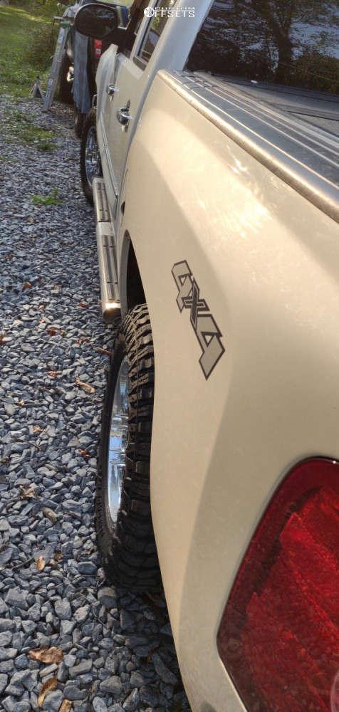 "2010 Chevrolet Silverado 1500 Aggressive > 1"" outside fender on 18x9 18 offset Gear Off-Road Pivot & 32""x10.5"" Radar Renegade Rt Plus on Stock Suspension - Custom Offsets Gallery"