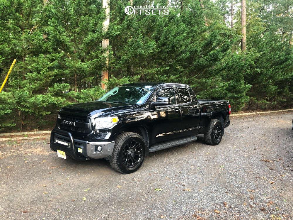 "2014 Toyota Tundra Aggressive > 1"" outside fender on 20x9 35 offset Fuel Vapor & 275/60 Nitto Terra Grappler G2 on Stock Suspension - Custom Offsets Gallery"