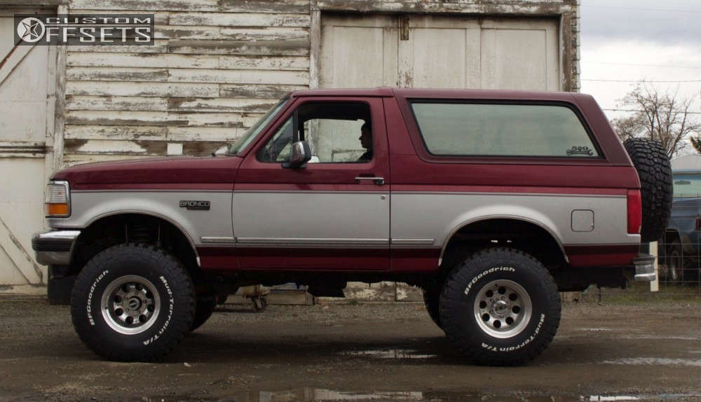 """1996 Ford Bronco Aggressive > 1"""" outside fender on 15x12 -73 offset Mickey Thompson Classic Iii and 35""""x12.5"""" BFGoodrich Mud Terrain T/A KM2 on Suspension Lift 6"""" - Custom Offsets Gallery"""