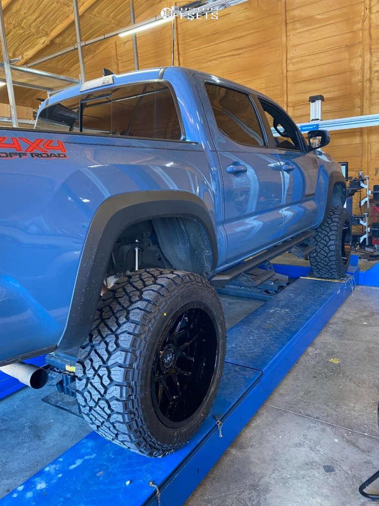 "2019 Toyota Tacoma Aggressive > 1"" outside fender on 20x12 -44 offset Motiv Offroad Magnus 423b & 33""x12.5"" Kenda Klever R/t on Suspension Lift 6"" - Custom Offsets Gallery"