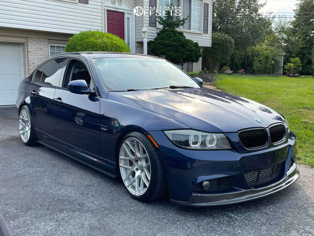2011 BMW 335i xDrive Nearly Flush on 18x9 22 offset Rennen International RS7 & 225/35 Michelin Pilot Sport on Lowering Springs - Custom Offsets Gallery