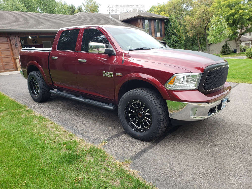 """2017 Ram 1500 Aggressive > 1"""" outside fender on 20x10 -24 offset Wicked Offroad W901 & 35""""x12.5"""" Hankook Dynapro At2 on Leveling Kit - Custom Offsets Gallery"""