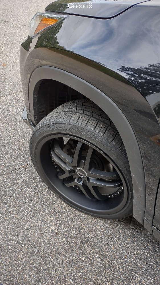 2018 Toyota Highlander Flush on 22x10.5 25 offset Milanni Kapri & 265/40 Vercelli Strada Iii on Stock - Custom Offsets Gallery