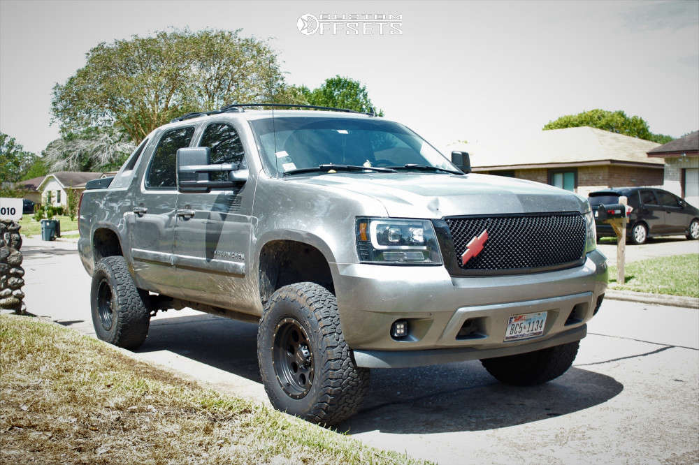 """2007 Chevrolet Avalanche Aggressive > 1"""" outside fender on 17x9 -6 offset Pro Comp Series 45 & 315/70 BFGoodrich All Terrain T/a Ko2 on Suspension Lift 5"""" - Custom Offsets Gallery"""