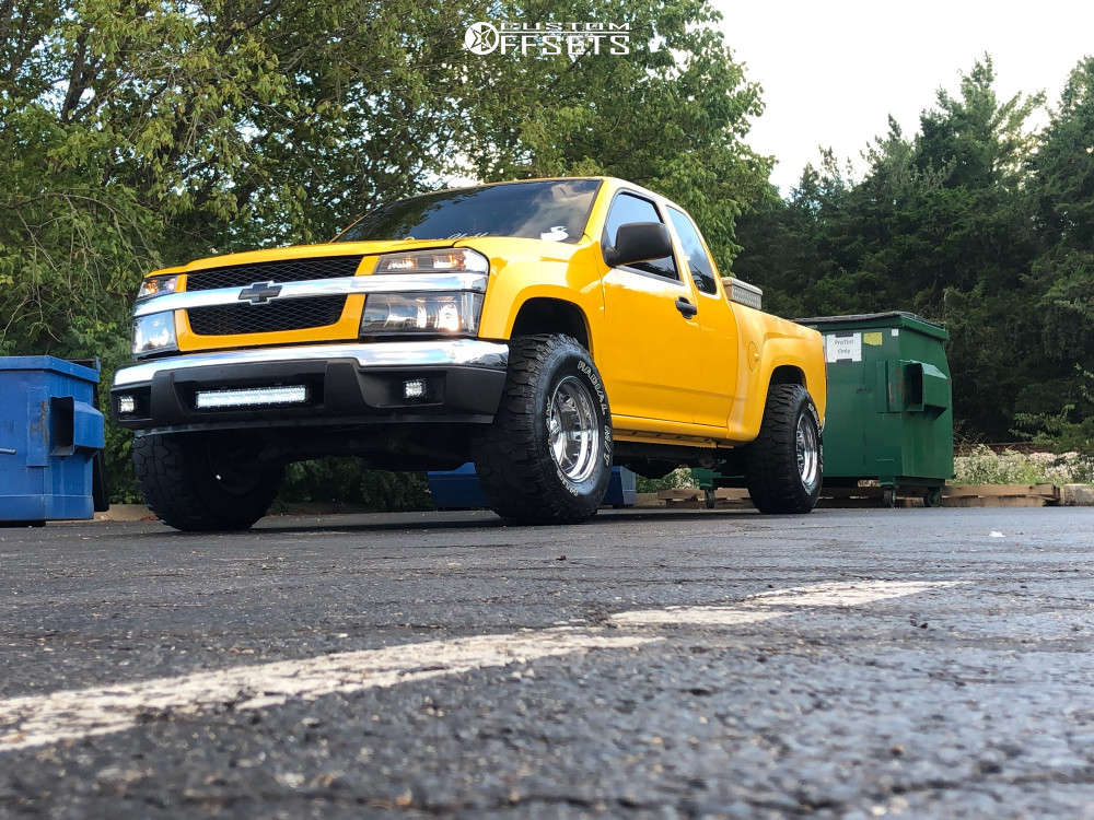 """2004 Chevrolet Colorado Super Aggressive 3""""-5"""" on 15x10 -24 offset Pacer Bullet Hole & 32""""x11.5"""" Mud Claw Mud Claw Extreme M/t on Leveling Kit - Custom Offsets Gallery"""