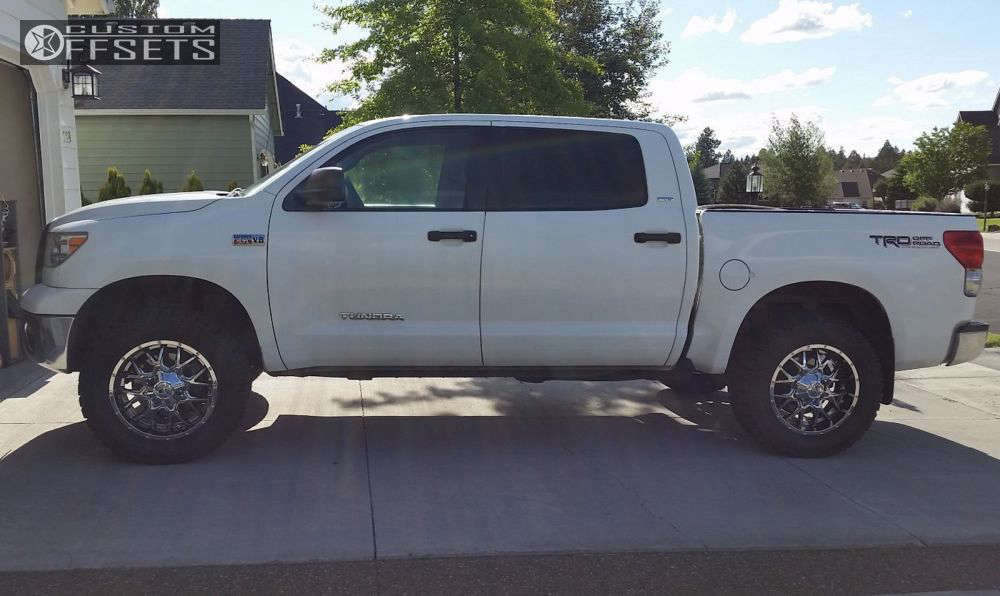 """2008 Toyota Tundra Aggressive > 1"""" outside fender on 20x9 18 offset Dropstars 645V and 35""""x12.5"""" Dick Cepek Fun Country on Leveling Kit - Custom Offsets Gallery"""