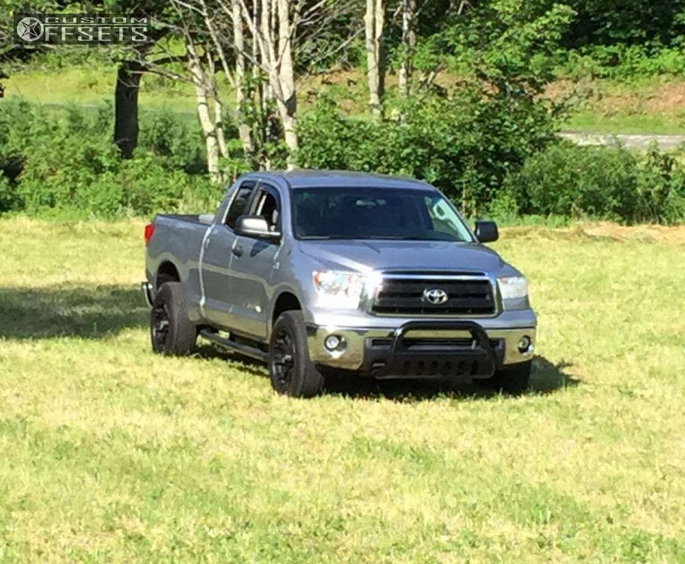 """2010 Toyota Tundra Aggressive > 1"""" outside fender on 20x9 0 offset XD Misfit and 275/55 Venezia HP on Stock - Custom Offsets Gallery"""