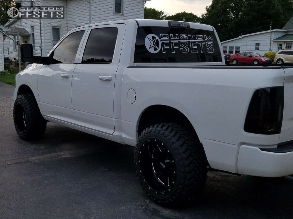 """2012 Ram 1500 Super Aggressive 3""""-5"""" on 20x12 -44 offset Moto Metal MO962 & 33""""x12.5"""" Atturo Trail Blade MT on Leveling Kit - Custom Offsets Gallery"""