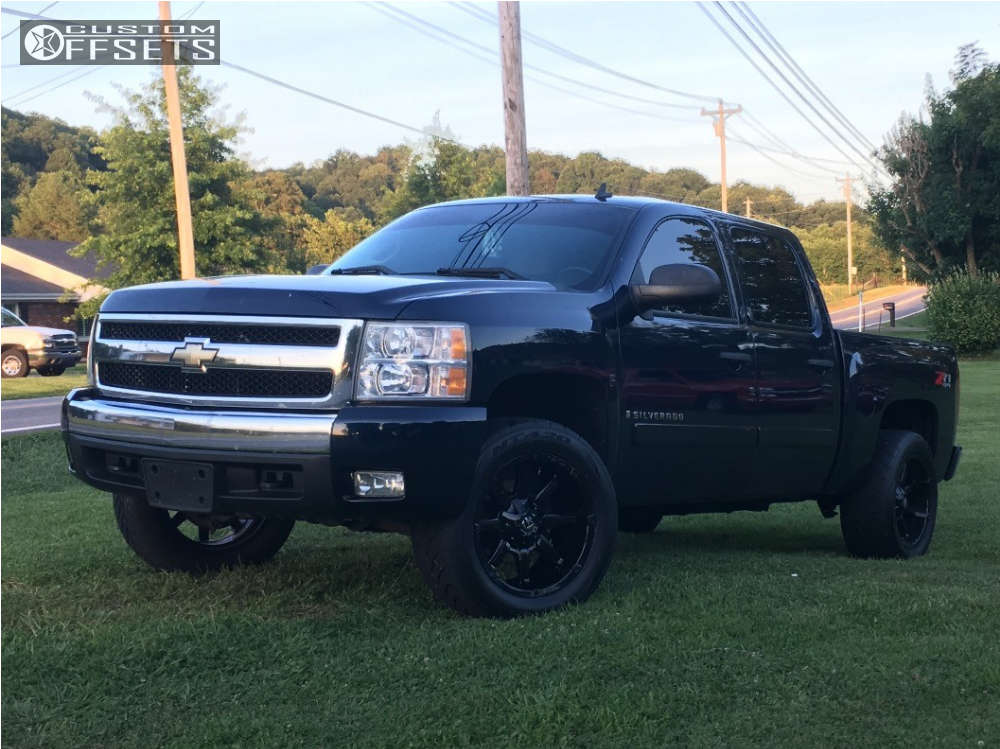 """2008 Chevrolet Silverado 1500 Aggressive > 1"""" outside fender on 20x10 -24 offset Fuel Coupler and 305/50 Nitto NT420S on Stock Suspension - Custom Offsets Gallery"""