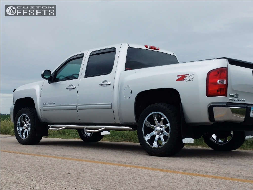 """2011 Chevrolet Silverado 1500 Aggressive > 1"""" outside fender on 20x9 0 offset Raceline Assault & 265/75 Toyo Tires Open Country M/T on Leveling Kit - Custom Offsets Gallery"""