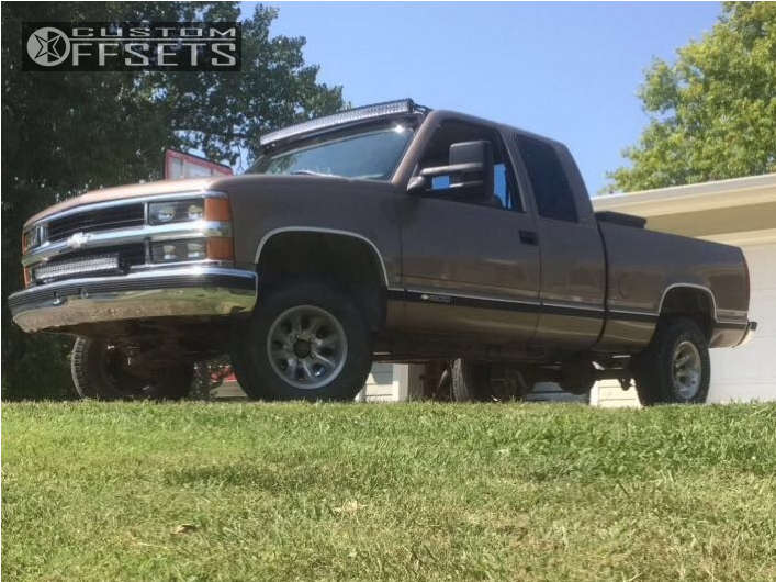 """1997 Chevrolet C1500 Aggressive > 1"""" outside fender on 15x7 -6 offset American Racing Ventura & 30""""x9.5"""" Cooper Discoverer At3 on Suspension Lift 4"""" - Custom Offsets Gallery"""