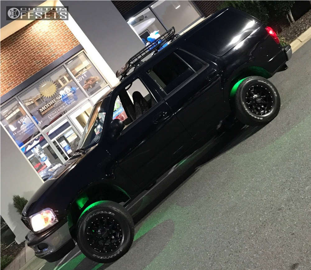 1998 Ford Expedition Slightly Aggressive on 17x9 0 offset Raceline Shift & 265/70 Goodyear Wrangler trailrunner a/t on Leveling Kit - Custom Offsets Gallery