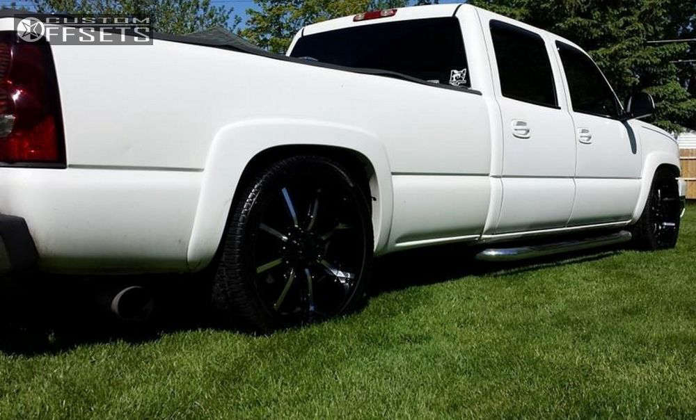 2005 Chevrolet Silverado 2500 HD Flush on 24x10 13 offset Dcenti Dw903 and 345/45 Nankang Dc45 on Lowered 4F / 6R - Custom Offsets Gallery