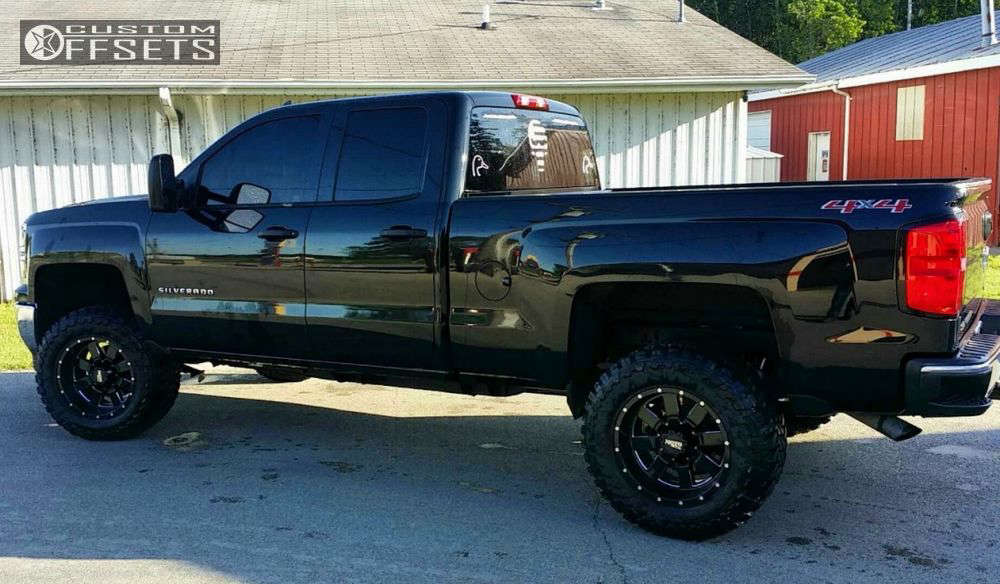 """2014 Chevrolet Silverado 1500 Aggressive > 1"""" outside fender on 18x10 -24 offset Moto Metal Mo962 & 33""""x12.5"""" Toyo Tires Open Country M/T on Suspension Lift 5"""" - Custom Offsets Gallery"""