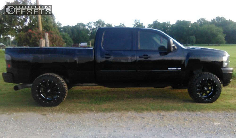 """2012 Chevrolet Silverado 2500 HD Super Aggressive 3""""-5"""" on 20x12 -44 offset Moto Metal Mo962 and 33""""x12.5"""" Nitto Trail Grappler on Leveling Kit - Custom Offsets Gallery"""