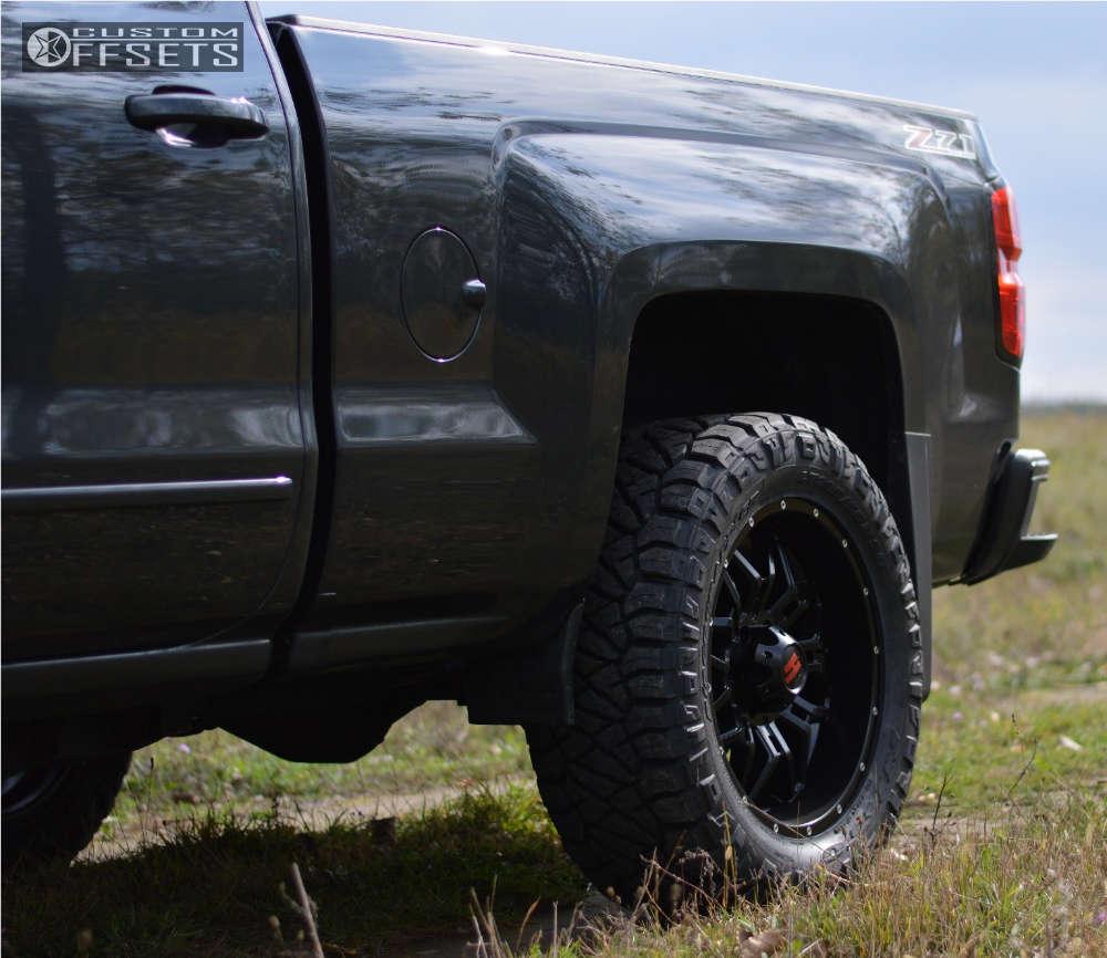 "2017 Chevrolet Silverado 1500 Aggressive > 1"" outside fender on 20x9 -12 offset Havok H109 and 295/55 Nitto Ridge Grappler on Leveling Kit - Custom Offsets Gallery"