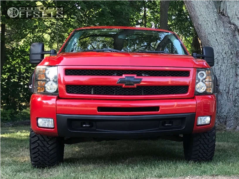 """2009 Chevrolet Silverado 1500 HellaFlush on 18x9 18 offset Helo He879 and 33""""x12.5"""" Atturo Trail Blade Mt on Leveling Kit - Custom Offsets Gallery"""