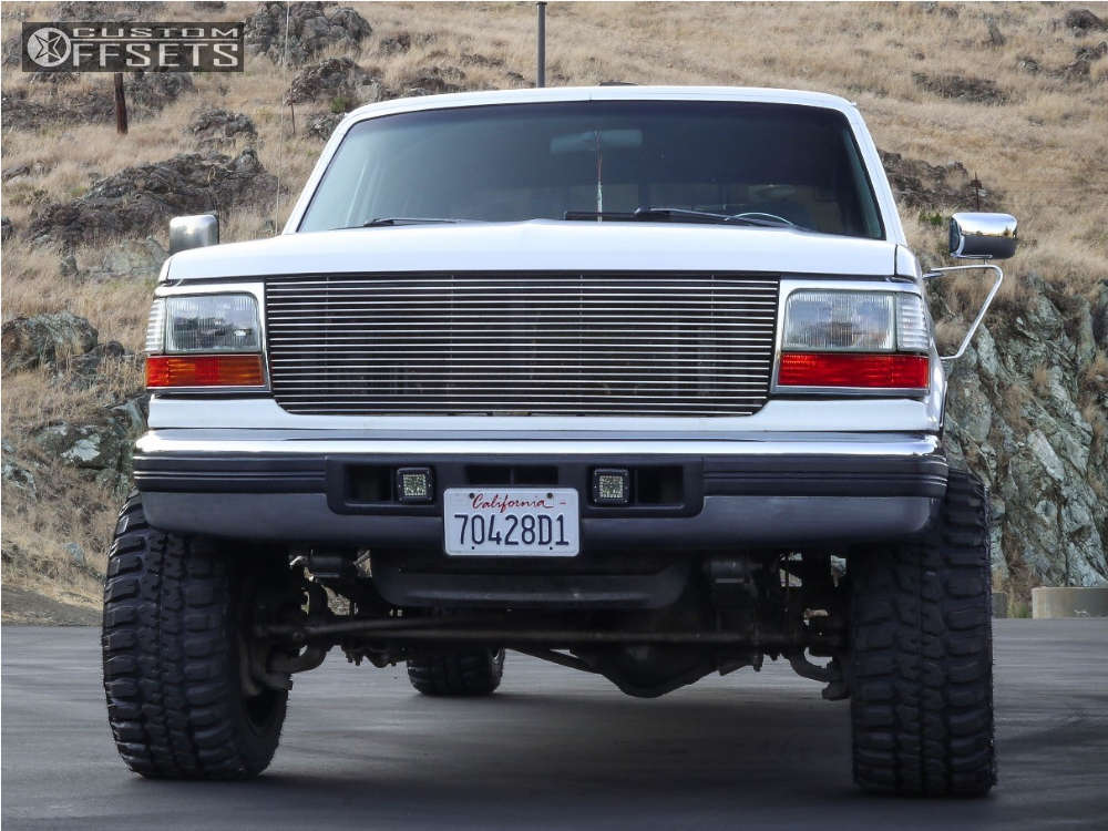 """1997 Ford F-350 Super Aggressive 3""""-5"""" on 20x12 -44 offset Fuel Octane & 33""""x12.5"""" Federal Couragia Mt on Level 2"""" Drop Rear - Custom Offsets Gallery"""