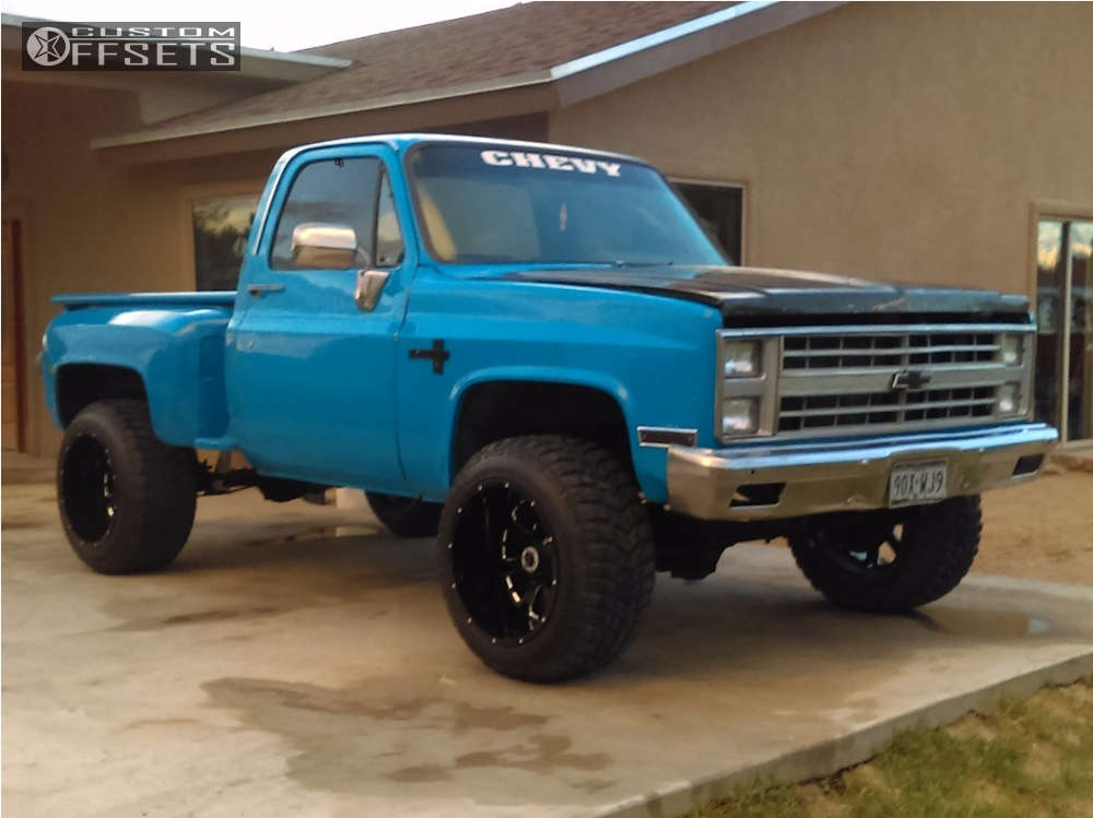"""1987 Chevrolet K10 Pickup Slightly Aggressive on 20x14 -76 offset XD xd25 and 33""""x12.5"""" Linglong Crosswind M/t on Leveling Kit - Custom Offsets Gallery"""