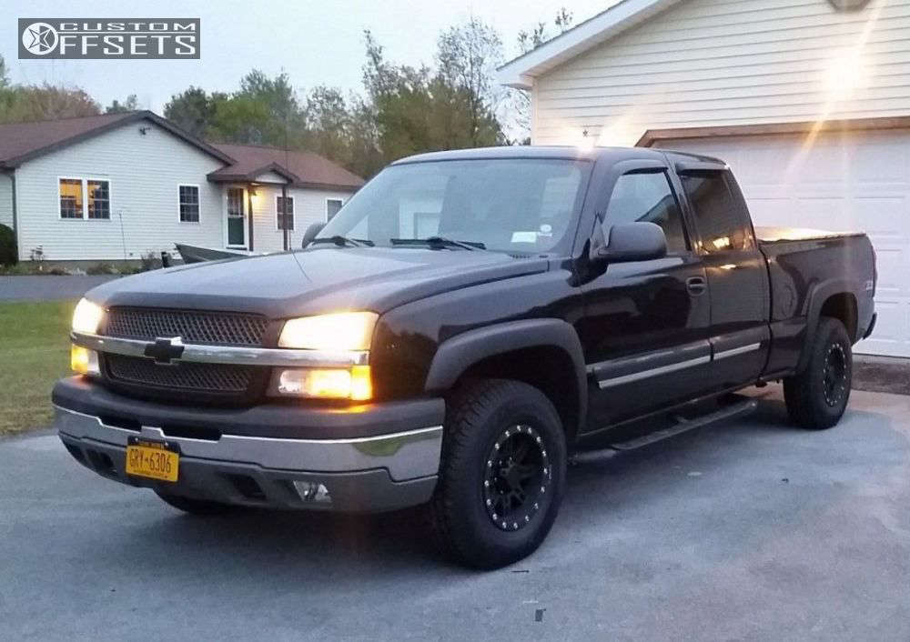 2004 Chevrolet Silverado 1500 Slightly Aggressive on 16x8 0 offset Pro Comp Series 31 and 265/75 Futura Scramblers on Stock - Custom Offsets Gallery