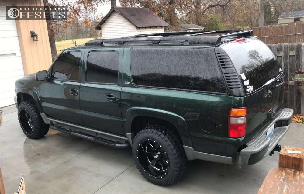 """2002 Chevrolet Suburban Super Aggressive 3""""-5"""" on 20x12 -44 offset Moto Metal Mo962 and 33""""x12.5"""" Comforser Cf3000 on Leveling Kit - Custom Offsets Gallery"""