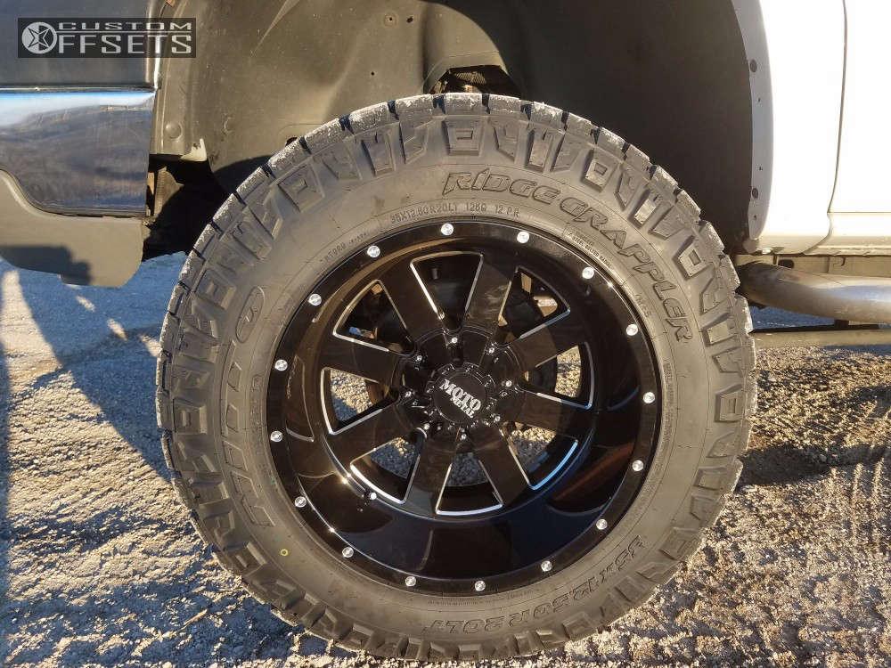 "2003 Chevrolet Silverado 2500 HD Classic Super Aggressive 3""-5"" on 20x12 -44 offset Moto Metal Mo962 and 35""x12.5"" Nitto Ridge Grappler on Suspension Lift 6"" - Custom Offsets Gallery"