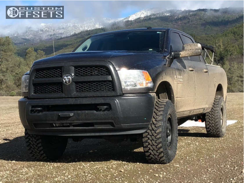 """2017 Ram 2500 Aggressive > 1"""" outside fender on 18x9 18 offset Method Vex and 315/70 Toyo Tires Open Country M/T on Suspension Lift 3"""" - Custom Offsets Gallery"""