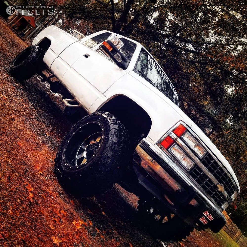 """1992 Chevrolet K1500 Aggressive > 1"""" outside fender on 20x12 -44 offset Gear Off-Road 726M & 35""""x12.5"""" Gladiator Xcomp Mt on Suspension Lift 6"""" - Custom Offsets Gallery"""
