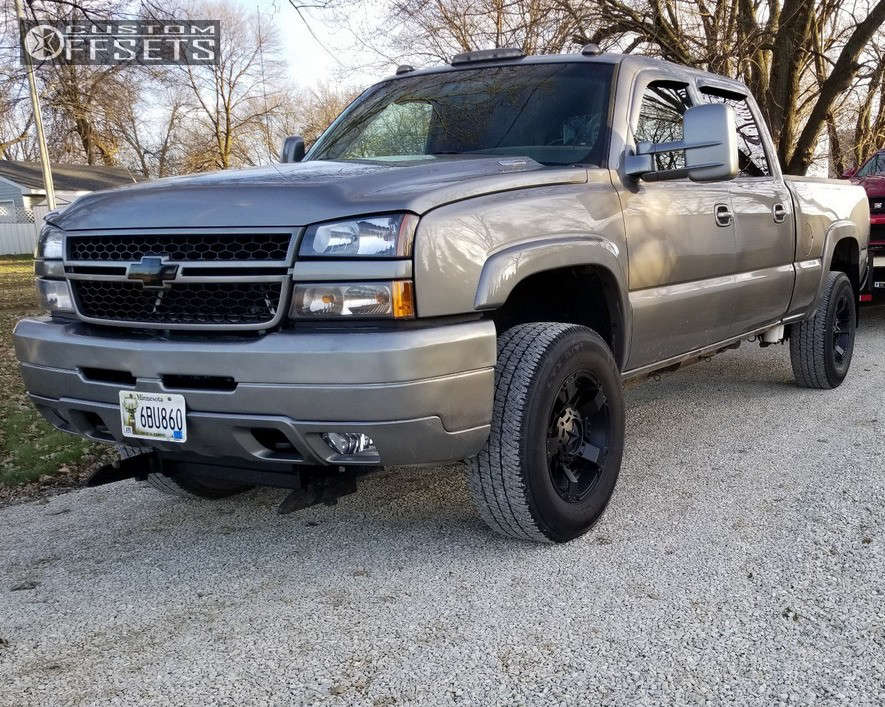 2006 Chevrolet K2500 Nearly Flush on 18x9 0 offset XD Xd811 and 275/65 Michelin Ltx A/t 2 on Stock Suspension - Custom Offsets Gallery