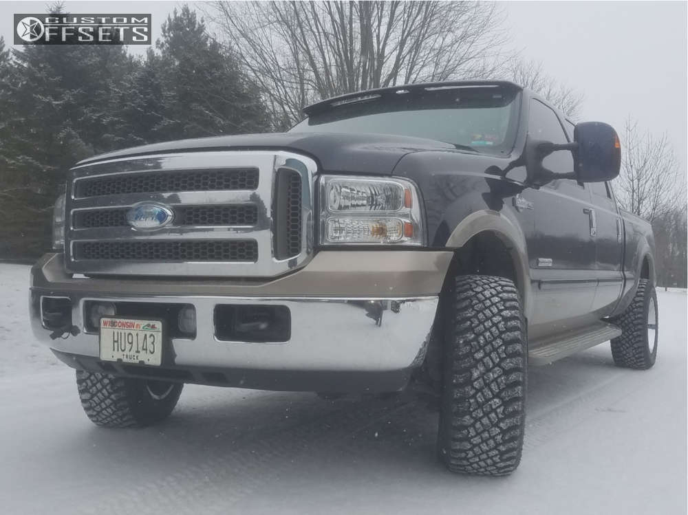 """2006 Ford F-250 Super Duty Aggressive > 1"""" outside fender on 18x10 -25 offset Tis 543c and 33""""x10.5"""" Atturo Trail Blade Xt on Stock Suspension - Custom Offsets Gallery"""
