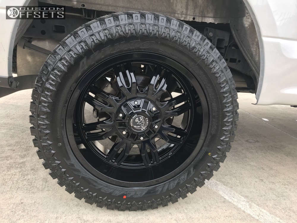 """2017 Ford F-150 Aggressive > 1"""" outside fender on 20x9 0 offset Panther Offroad 580 and 33""""x12.5"""" Atturo Trail Blade Xt on Leveling Kit - Custom Offsets Gallery"""
