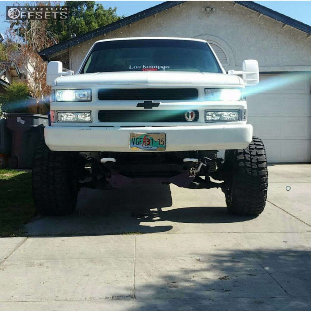 """1994 Chevrolet K1500 Hella Stance >5"""" on 20x12 -44 offset Fuel Hostage & 33""""x12.5"""" Federal Couragia Mt on Suspension Lift 7"""" - Custom Offsets Gallery"""