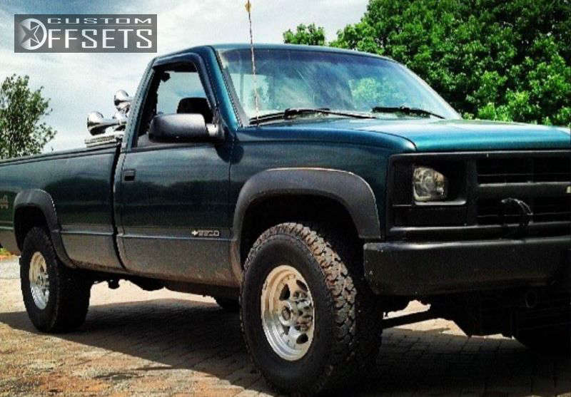 1997 Chevrolet K2500 Slightly Aggressive on 16x8 0 offset American Racing AR23 & 285/75 General Grabber AT2 on Leveling Kit - Custom Offsets Gallery