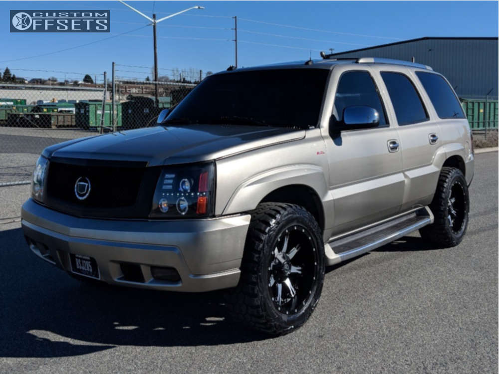 """2003 Cadillac Escalade Aggressive > 1"""" outside fender on 20x10 -24 offset Fuel Nutz and 295/55 Pro Comp Xtreme Mt2 on Air Suspension - Custom Offsets Gallery"""